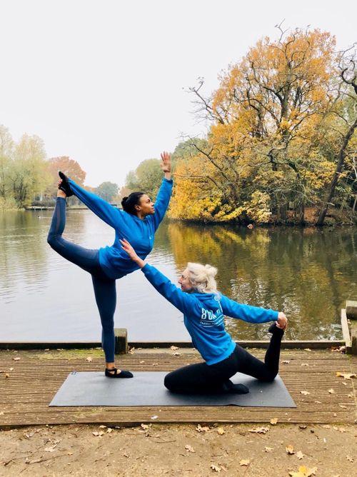 Bua Yoga: Primal Vinyasa 🌿🤸🏼♂️