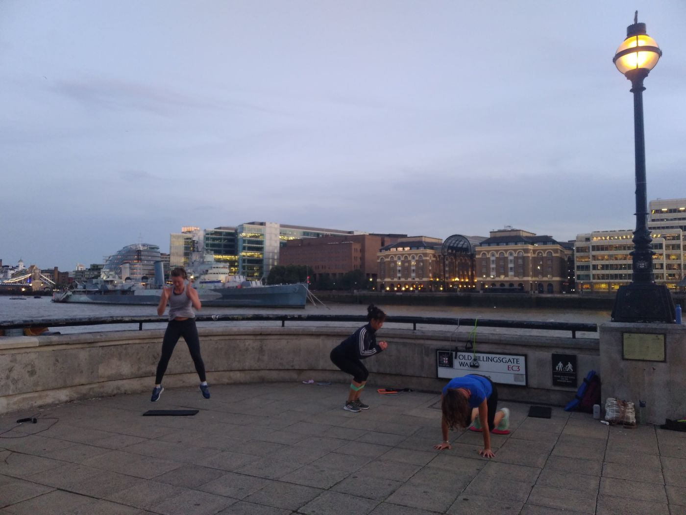 Sundown circuits by the river! Well done for powering through ladies 👊