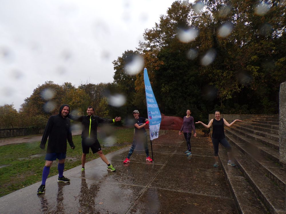 I know my Step Challenge crew are hard-core and still train in the rain, BUT.... tomorrow's forecast is so outrageous that even I can't firm it 😂😂 So we will be changing steps! For Step Challenge and Core Blimey tomorrow morning we will be hiding under the bridge by the sports centre. Check the class description for the new pin drop 📍
