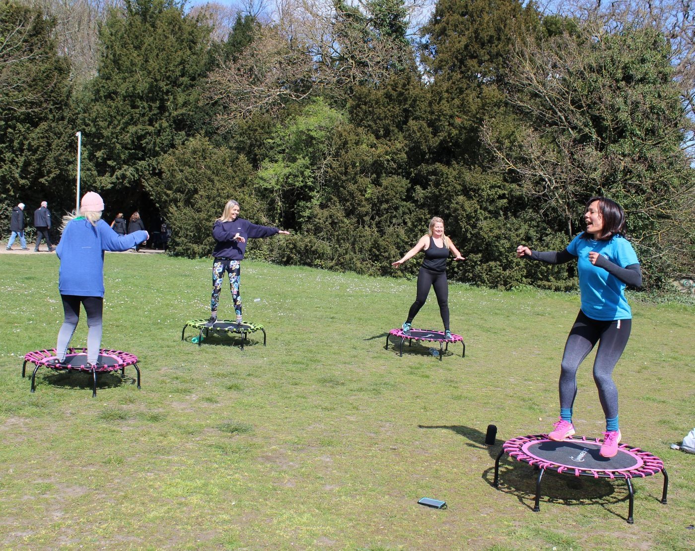 Happy Hump Day! We're nearly there, it's nearly Bounce Day again! 😂🤸♀️ Just 2 spaces left for this Sunday's class https://bua.fit/classes/V2XdeG6bH6gj