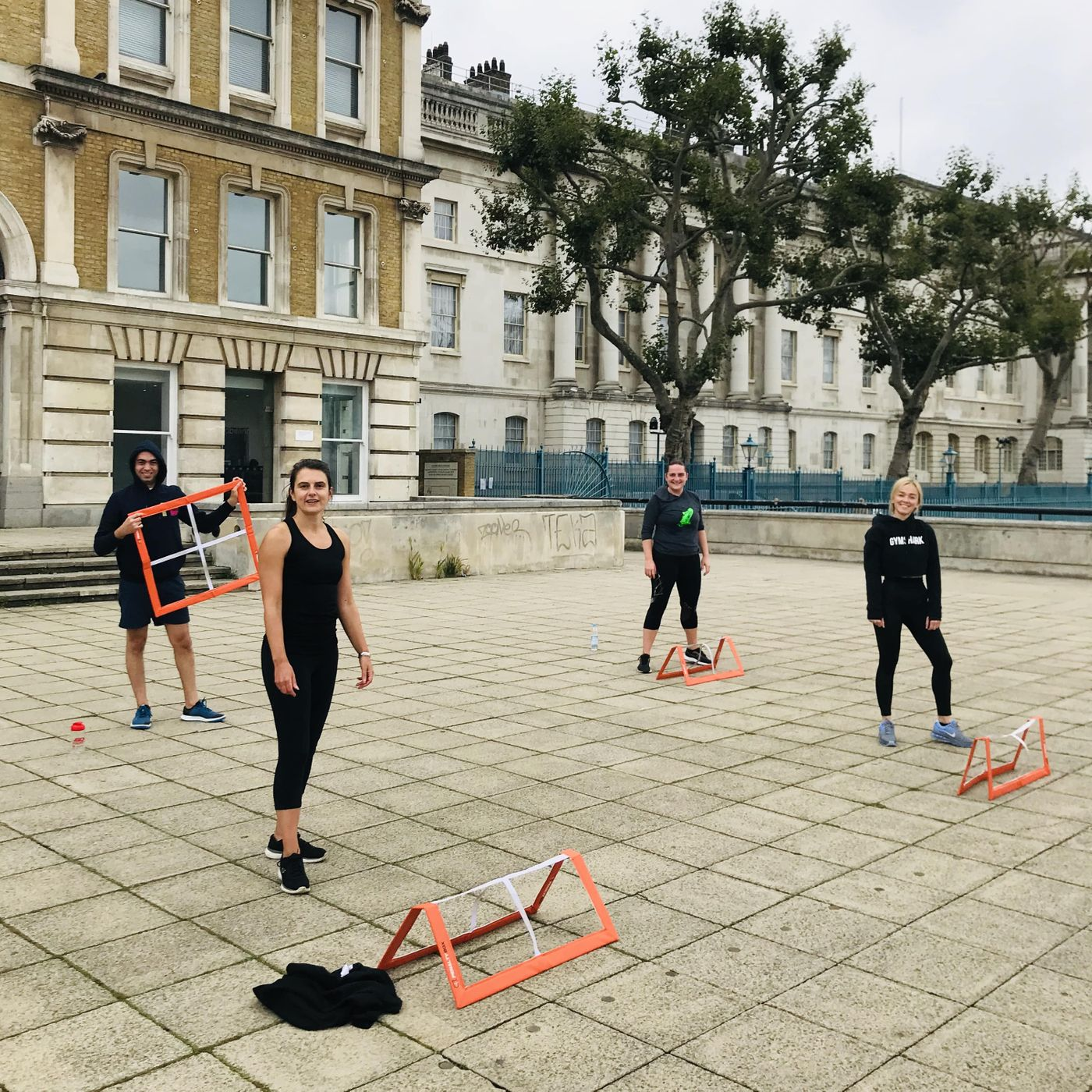 Great class guys and we're Same place same time next week.💪💪😎   HIIT WS with penalty boxes and I'll bring some ropes too. 🔥🔥🔥  Well done team!👊🕶