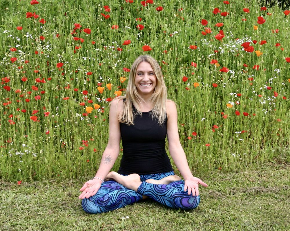 Vinyasa Slow Flow Yoga with Laura