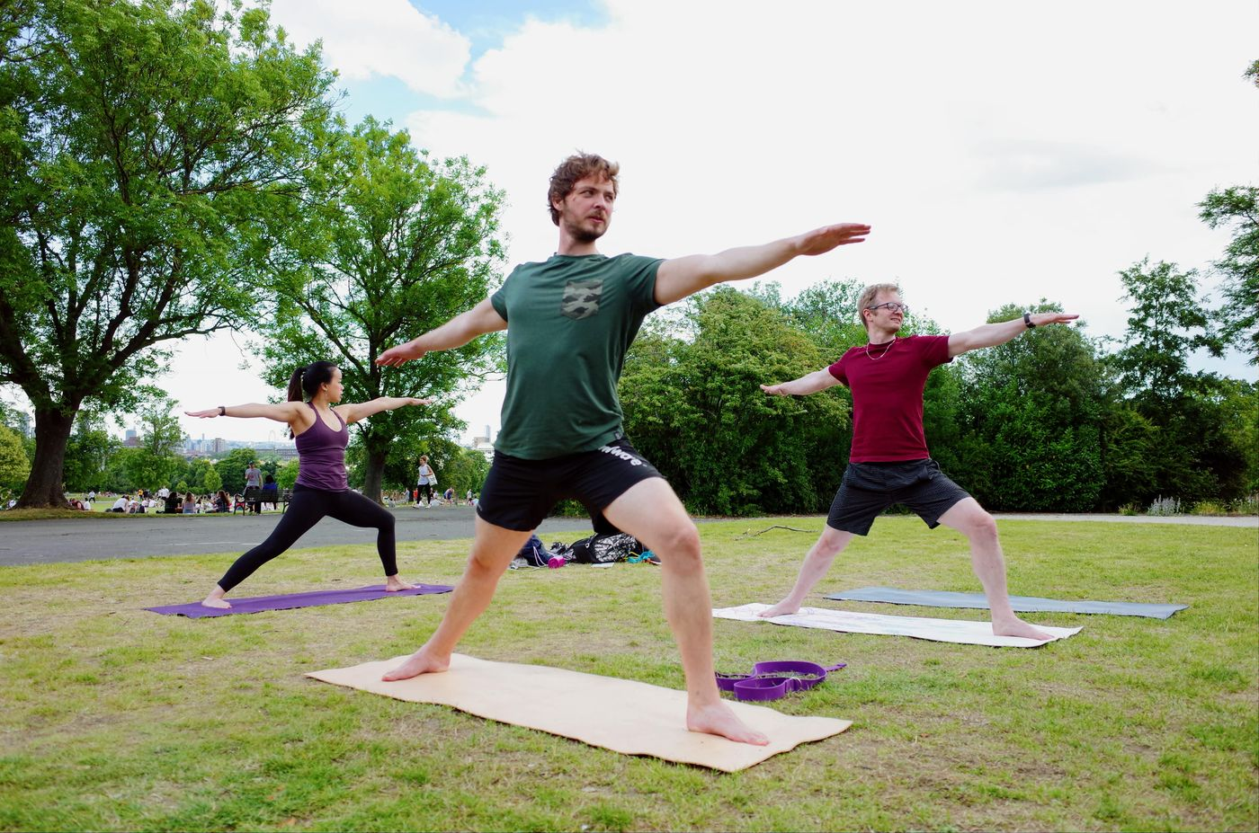 What will you be doing on Sunday morning?  Join me for 🌳 Vi in the Park 🌳 : Vinyasa Flow Yoga! 10am Sundays @ Brockwell Park