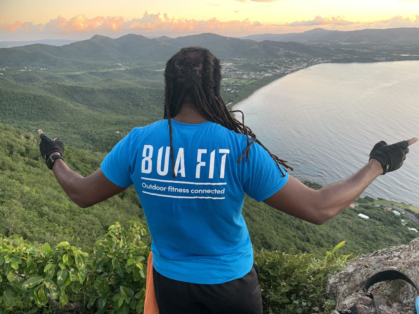Let's lift Bua Fit on top of the world 👊🏾