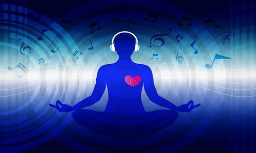 The right music can decrease stress, set a tone, a rhythm and transport you in an emotional journey. All of these can also be applied to Yoga. What about putting them together and create a flow that will deepen that connection between breath, music, body and finally set your mind free? I cannot wait to share this experience with you in Music & Yoga Flow. Stay safe and healthy. Namaste 🙏