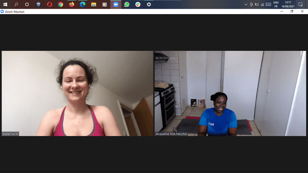 Had a great time teaching Music & Yoga Flow today. But boy! It was like doing HOT YOGA in my kitchen 🥵! And by the look of it Katerina was having the same experience in her home🤣🤣🤣🤣🤣