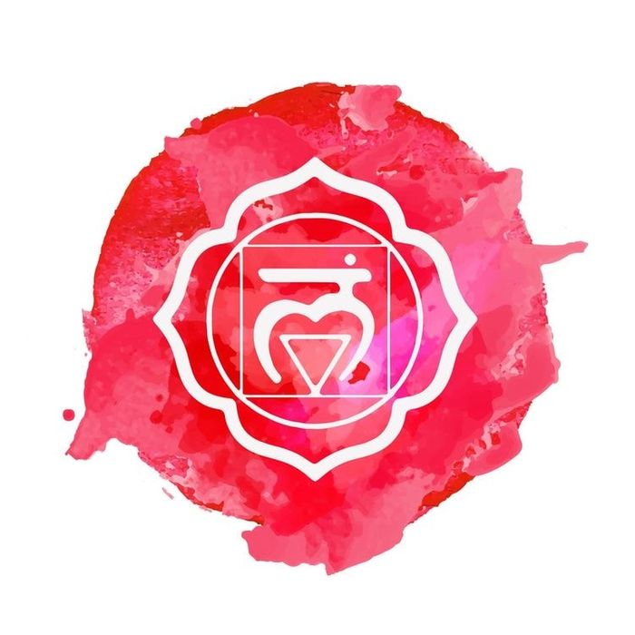 This is the symbol for the Muladhara or Root Chaka, it's associated with our sense of balance, safety, self assurance and self confidence. I'm not alone when I say with everything going on at the moment, mine is totally out out of balance, everything shifting, changing, so much sad news it can feel overwhelming. I'm so grateful for Yoga and all the magic it brings. ❤️