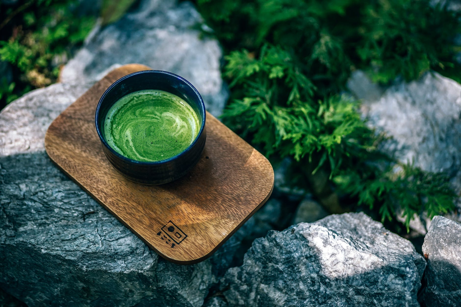 5 super healthy reasons to why you should drink more green tea!